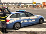 Cassino – Fermato dalla stradale rifiuta di sottoporsi ad accertamenti per alterazione psicofisica, denunciato
